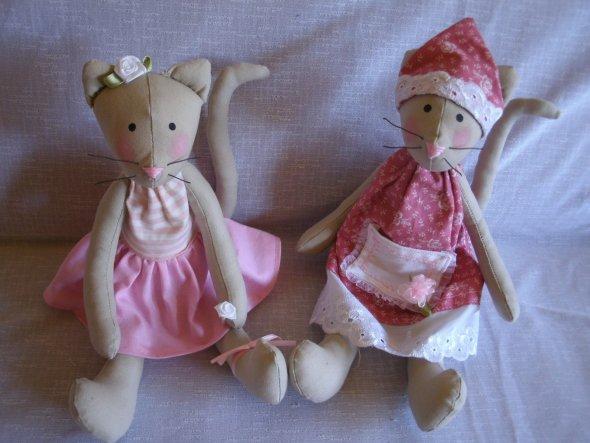 Rosalie und Rosé. Rosé kommt zu Schwiegermutter.