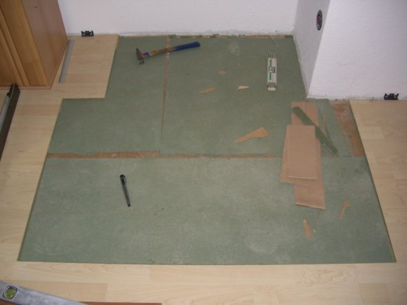 tipp von jongo77 fliesen feinsteinzeug in laminat. Black Bedroom Furniture Sets. Home Design Ideas