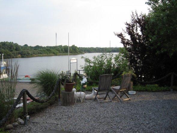 Hooksiel - Aussicht von der Terrasse eines schönen Restaurants. Dies ist die Heimat meines Freundes - wir sind dann und wann dort zu Besuch.
