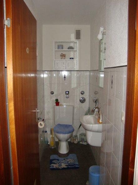 bad 39 toilette 39 unsere zweite gemeinsame wohnung zimmerschau. Black Bedroom Furniture Sets. Home Design Ideas