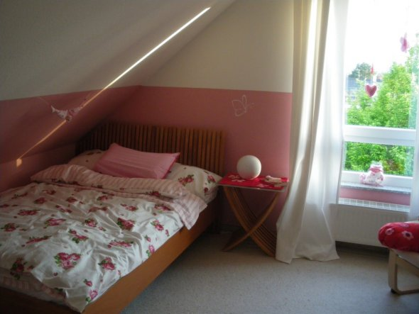 schlafzimmer 39 das g stezimmer 39 unser h usle zimmerschau. Black Bedroom Furniture Sets. Home Design Ideas