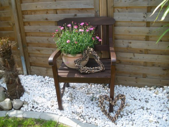 Alte Stühle Dekorieren garten unser garten unser häusle zimmerschau