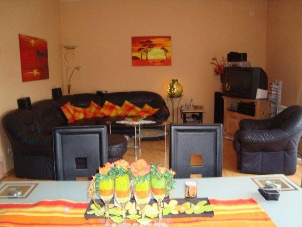 wohnzimmer 39 wohnzimer 39 mein neues domizile zimmerschau. Black Bedroom Furniture Sets. Home Design Ideas