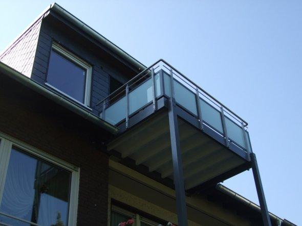 Hausfassade / Außenansichten 'Dach/Gauben'