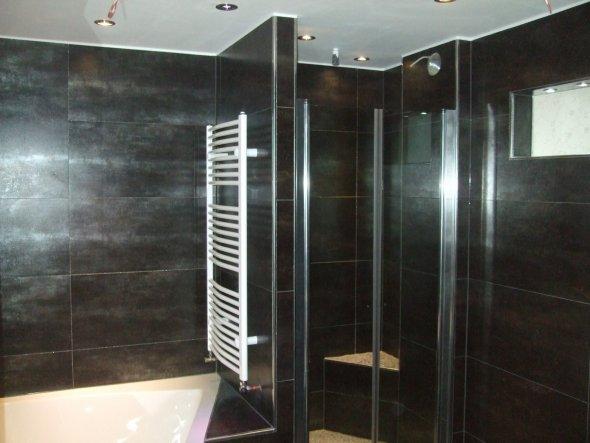 bad 39 badezimmer 39 dachgeschoss umbau zimmerschau. Black Bedroom Furniture Sets. Home Design Ideas