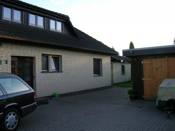 Hausfassade / Außenansichten 'von vorn'
