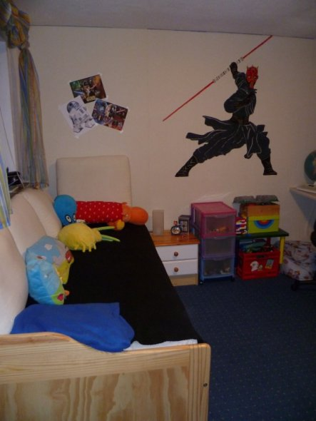 kinderzimmer 39 star wars zimmer 39 unser heim zimmerschau. Black Bedroom Furniture Sets. Home Design Ideas