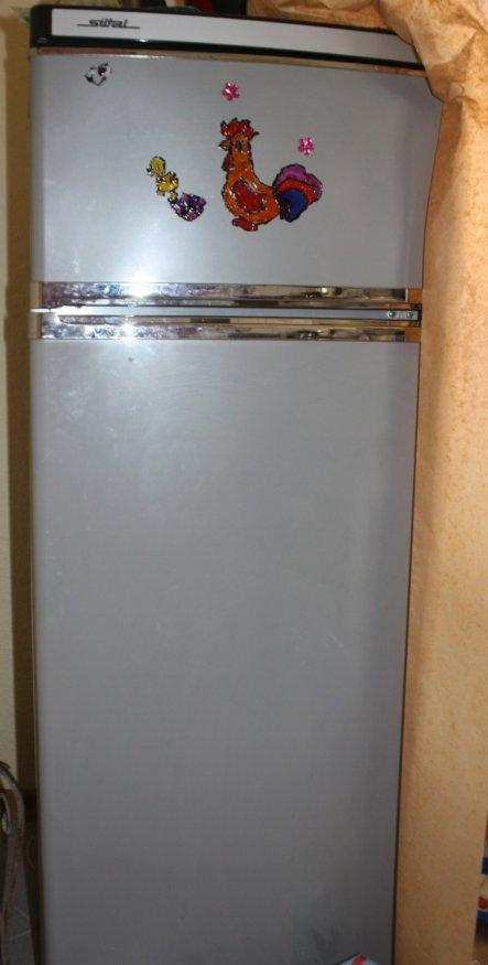 unser Kühlschrank vorher- grau