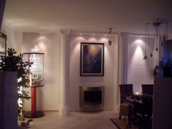 Nach dem Umbau...Holz, Rigips,Hartschaum, Strukturtapete, tuchmatte Wandfarbe