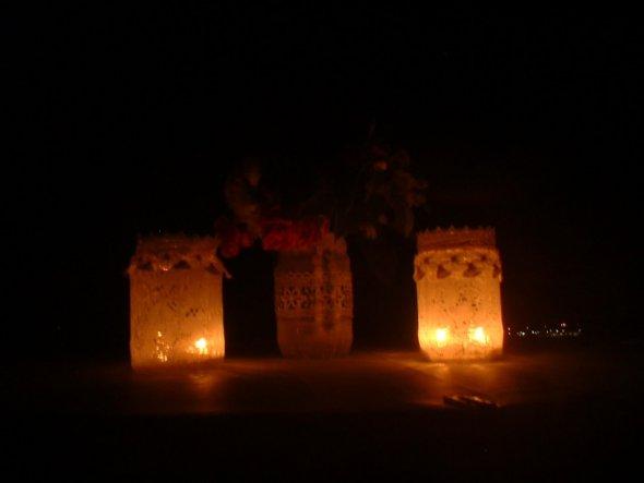 Windlichter bei Nacht