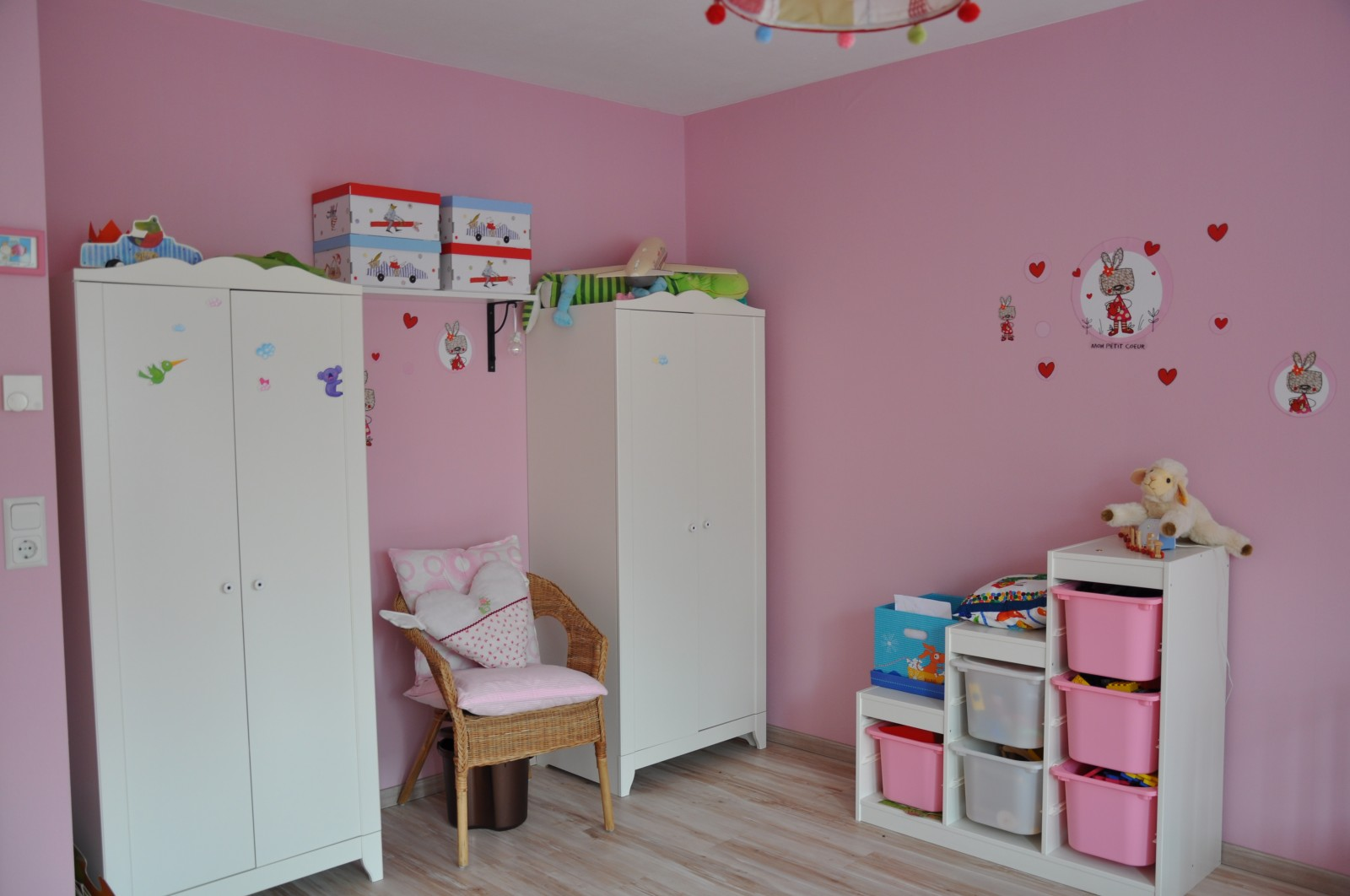Kinderzimmer 39 kleinkindtraum in rosa 39 unser kleines h uschen zimmerschau - Rosa kinderzimmer ...