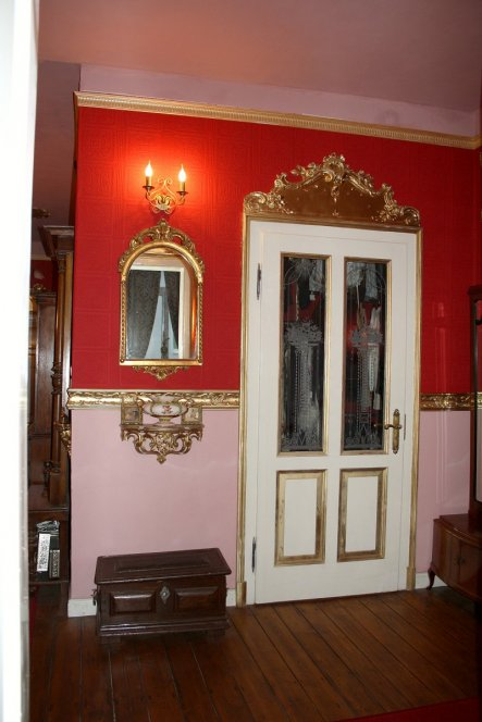 Wohnzimmer 'Kleiderkammer'