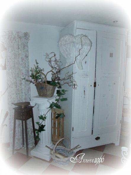 hobbyraum 39 mein wei er raum 39 my home zimmerschau. Black Bedroom Furniture Sets. Home Design Ideas