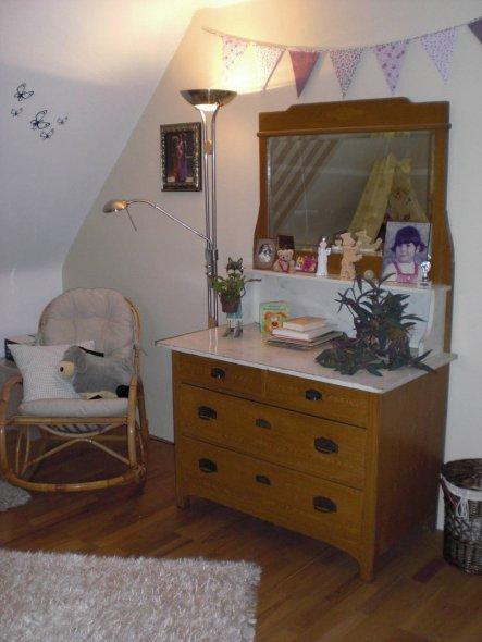 Kinderzimmer 39 babyzimmer 39 alte villa kunterbunt zimmerschau - Babyzimmer forum ...