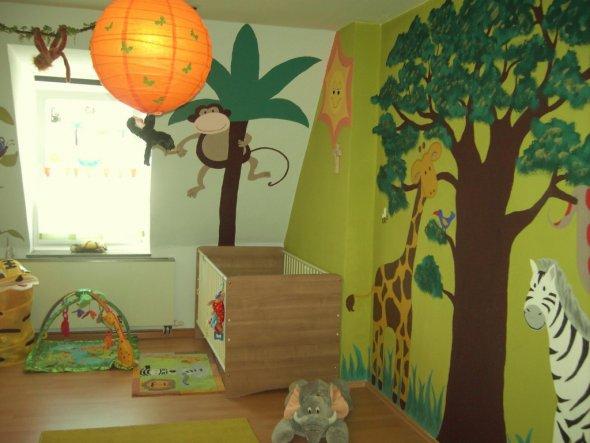 Kinderzimmer 39 dschungel kinderzimmer 39 dschungel kinderzimmer zimmerschau - Babyzimmer jungle ...