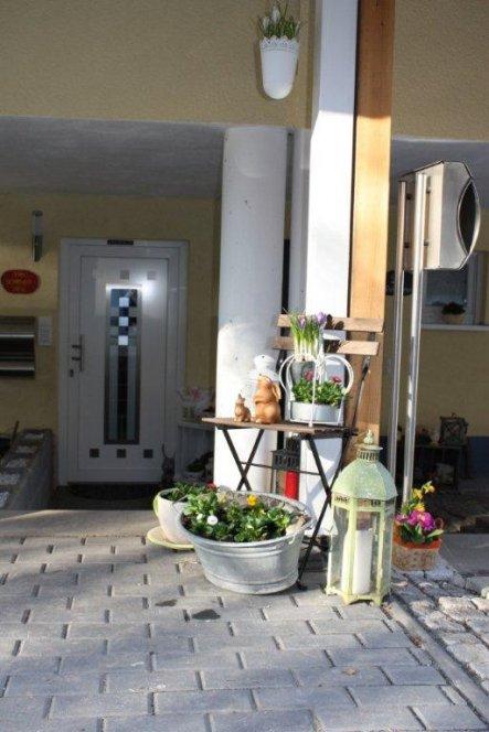 Hausfassade / Außenansichten 'Ƹ̵̡Ӝ̵̨̄Ʒ  Da ist er...Der Frühling Ƹ̵̡Ӝ̵̨̄Ʒ '