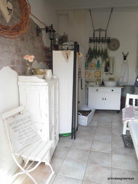 Flur/Diele 'Eingangsbereich /Milchküche'