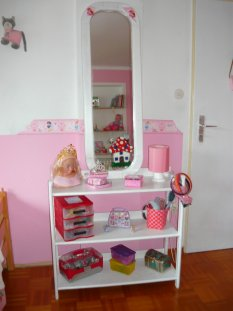 kinderzimmer 39 m dchen zimmer 39 unser haus zimmerschau. Black Bedroom Furniture Sets. Home Design Ideas