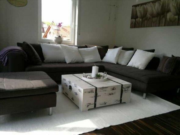 Wohnzimmer 'Wohnzimmer mit Tisch'