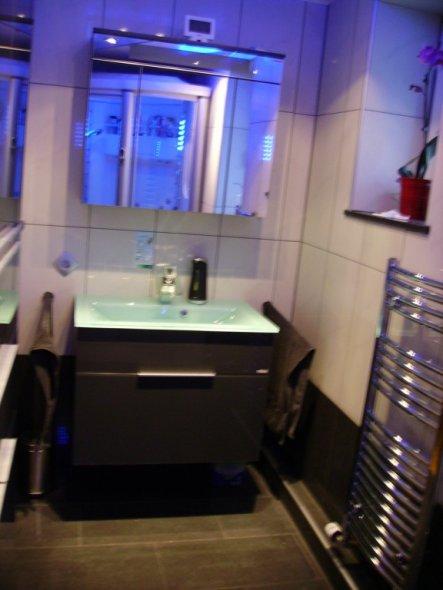 bad 39 meine dampfdusche 39 julia s home zimmerschau. Black Bedroom Furniture Sets. Home Design Ideas