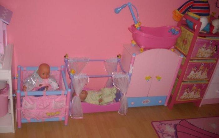 kinderzimmer 39 rosa m dchentraum 39 monsterchens zimmer zimmerschau. Black Bedroom Furniture Sets. Home Design Ideas