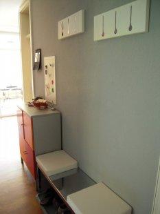 flur diele 39 flur 39 unsere neue wohnung zimmerschau. Black Bedroom Furniture Sets. Home Design Ideas