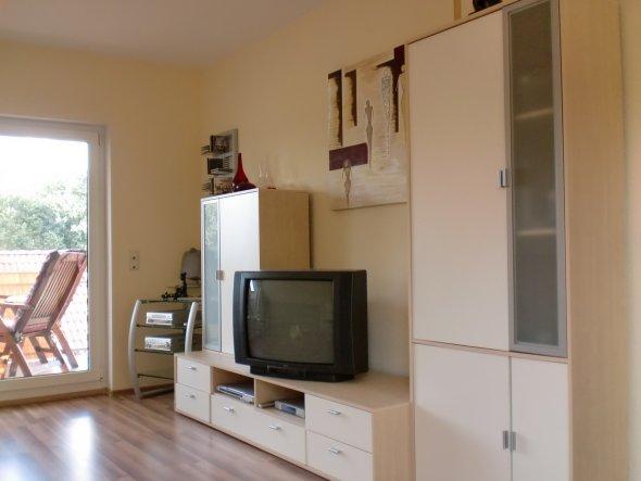 wohnzimmer 39 e ecke und wohnzimmer 39 meine neue wohnung zimmerschau. Black Bedroom Furniture Sets. Home Design Ideas