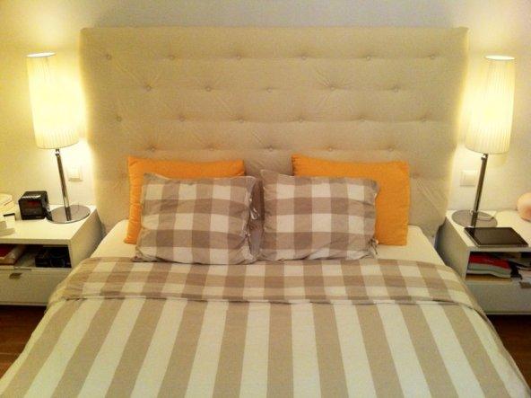 """IKEA-HACK: """"Malm"""" - 160cm breit - habe das Kopfteil erhöht und mit Schaumstoff gepolstert. Mit """"Bomull"""" Vorhangstoff bezogen (sowi"""