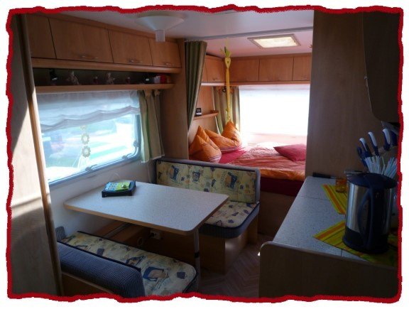 wohnmobil 39 wohnwagen vorher 39 unser wohnwagen zimmerschau. Black Bedroom Furniture Sets. Home Design Ideas