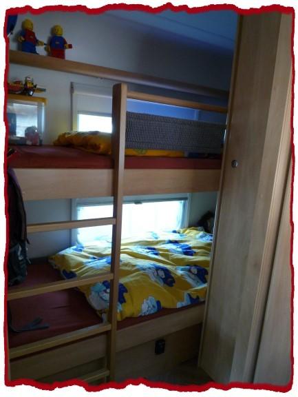 Wohnmobil 39 wohnwagen vorher 39 unser wohnwagen zimmerschau - Bett mit seitenwand ...