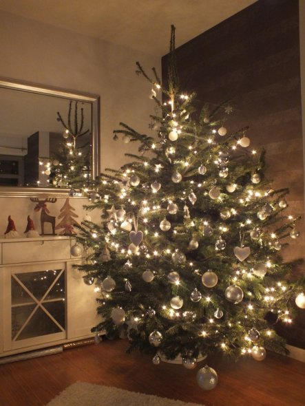 weihnachtsdeko 39 weihnachten 2011 39 am hafen zimmerschau. Black Bedroom Furniture Sets. Home Design Ideas