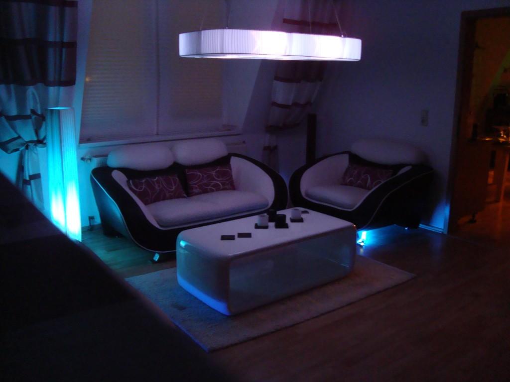 junggesellen wohnzimmer:Wohnzimmer 'Designer Wohnzimmer 3.0' – @Home in Winter – Zimmerschau