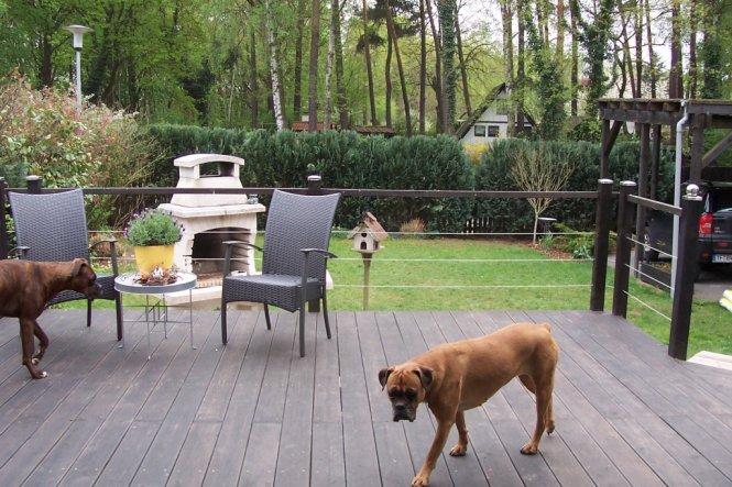 Diese Terrasse hat mein Mann zusammen mit unserem Nachbarn im letzten September gebaut...