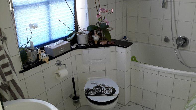 Unser Bad endlich mit Badewanne.