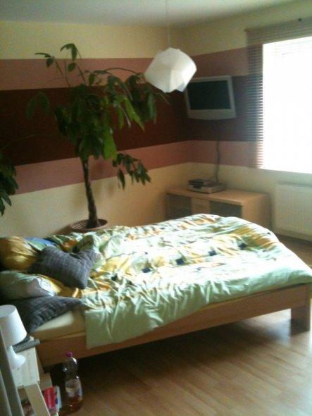 schlafzimmer 39 schlafzimmer 39 unsere wohnung zimmerschau. Black Bedroom Furniture Sets. Home Design Ideas