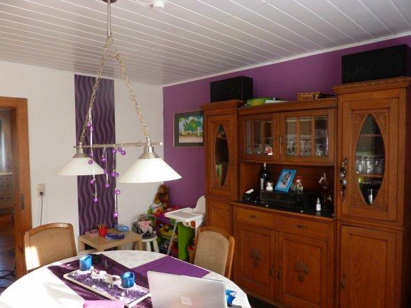 wohnzimmer 39 lila zimmer 39 meine villa zimmerschau. Black Bedroom Furniture Sets. Home Design Ideas