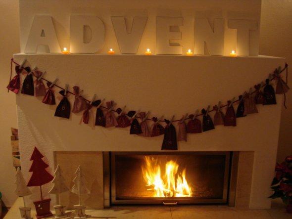 Unser Kamin im Advent.