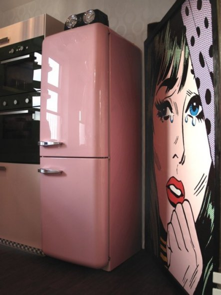 Kuche 3950s american diner kitchen39 goethes galerie for American kühlschrank