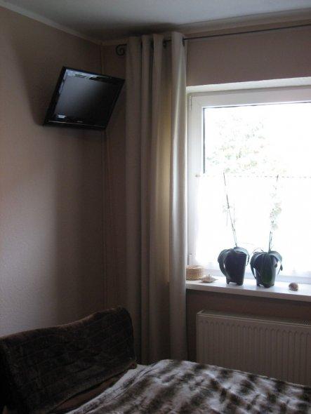 Fernseher u. Fenster