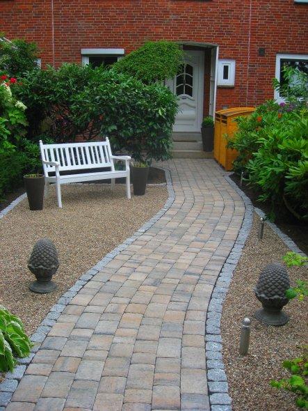 Garten 39 vorgarten 39 jetzt kein chaosgarten mehr zimmerschau - Zaun vorgarten ...
