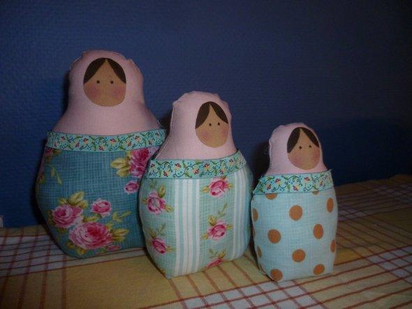 Diese drei Damen passen super zu meinen blauen Küchenwänden!