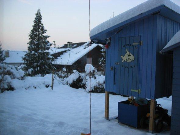 Das Piratenspielhaus im Winter