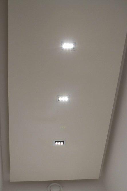 Selbstgebaute LED-Deckenleuchte