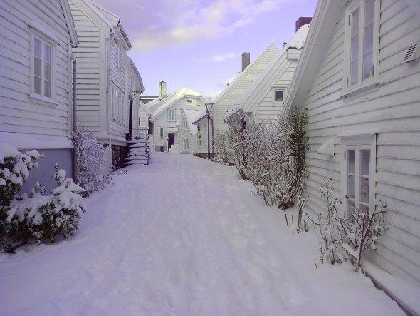 Gamle Stavanger/ Norwegen. Dort sind alle Häuser weiß...............