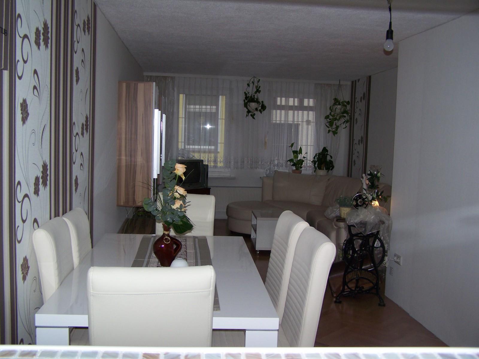 94 kleines wohnzimmer mit essbereich einrichten design. Black Bedroom Furniture Sets. Home Design Ideas