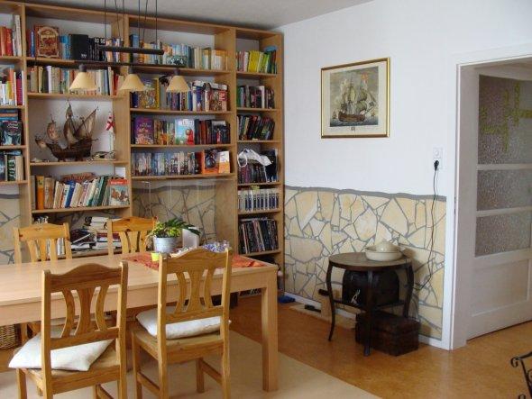 wohnzimmer 39 wohn esszimmer 39 wohnung 50er jahre sucht zimmerschau. Black Bedroom Furniture Sets. Home Design Ideas