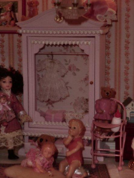 Kleiderschrank im Mädchenzimmer