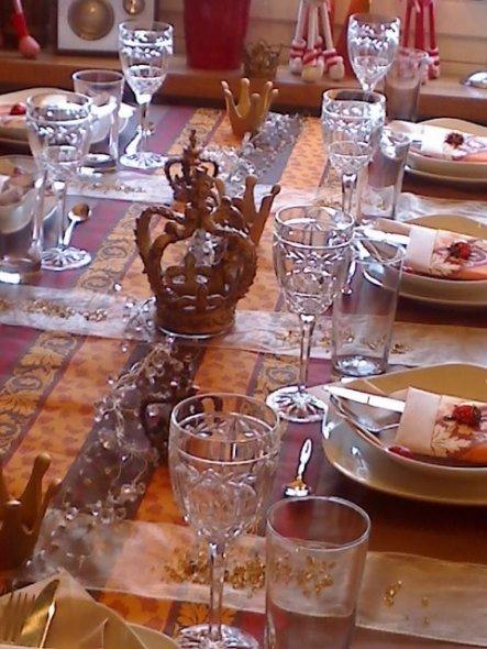 """Wir machen regelmäßig mit 3 anderen Paaren ein """"perfektes Dinner"""", so wie im TV.Hierzu meine Tischdeko für unser Dinner im Februar 2009"""