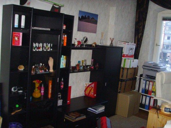 Das letzte Bild vom Arbeitszimmer... Das Nageln hab ich aufgegeben, ich hab das Zimmer als Abstellraum genutzt.