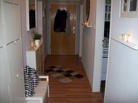 flur diele 39 mein flur hausgang 39 mein flur zimmerschau. Black Bedroom Furniture Sets. Home Design Ideas